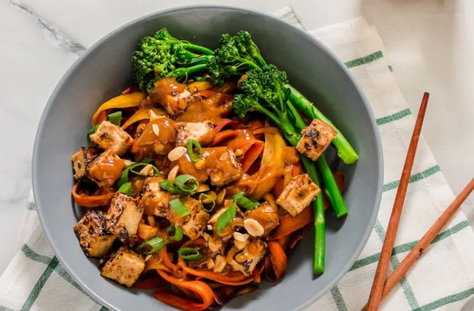 carrot ginger stir fry noodles